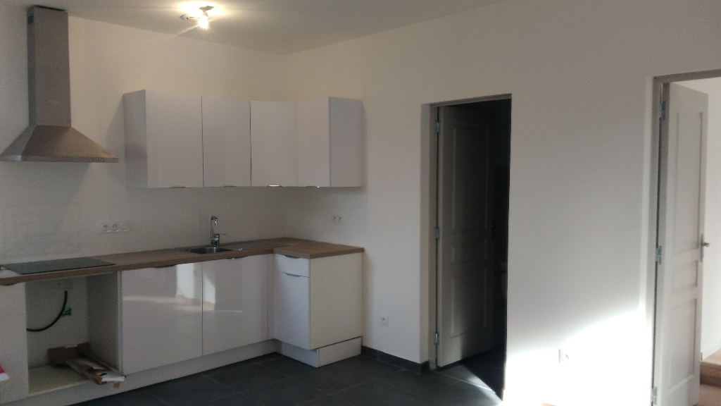 Location Type 2 - bel appartement à Meyrargues 45m²